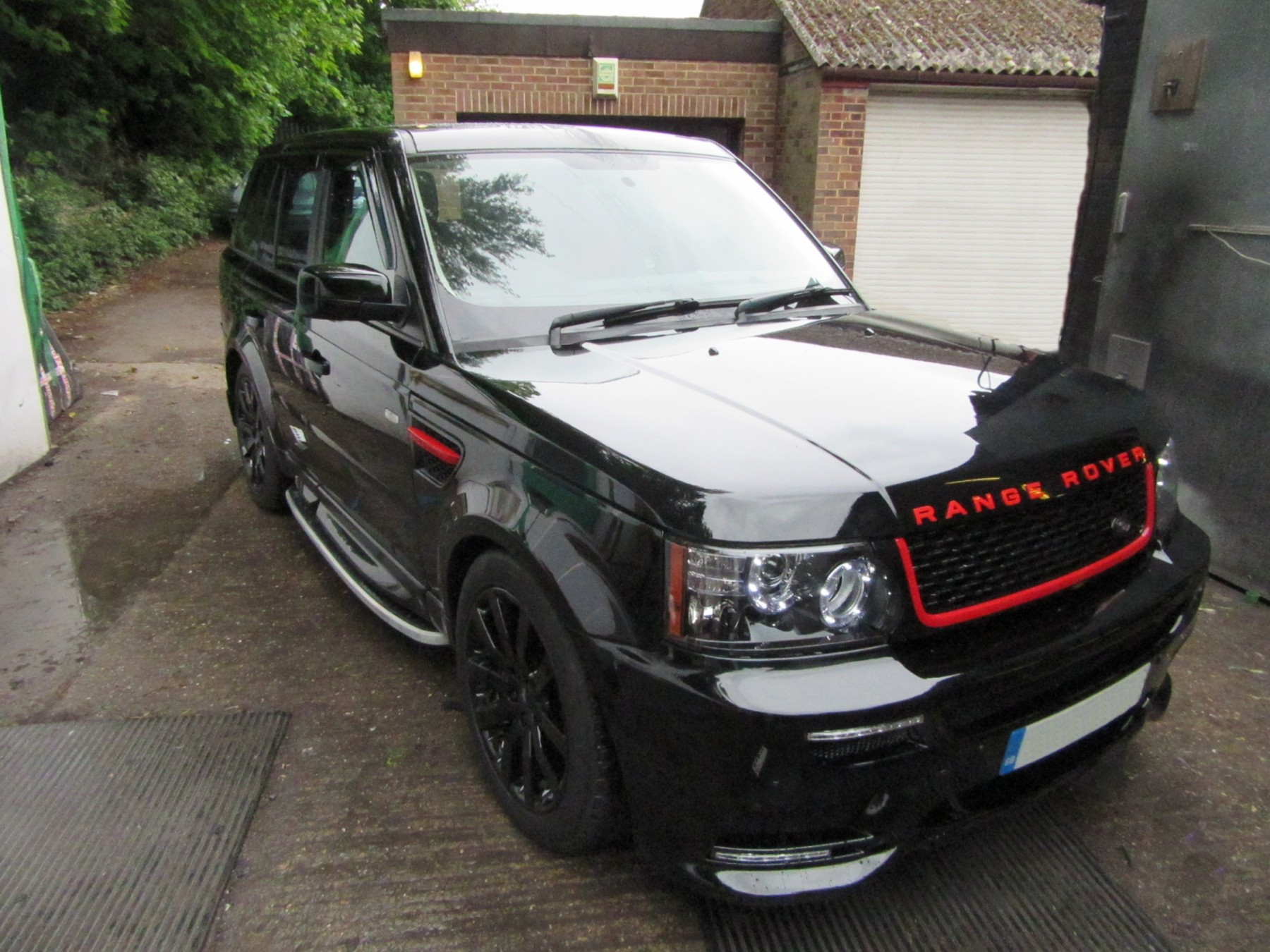 Range Rover Autobiography >> Range Rover Sport Black Red Autobiography Front Grille ...